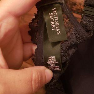 Victoria's Secret Intimates & Sleepwear - Victoria's secret black Lacy push up bra